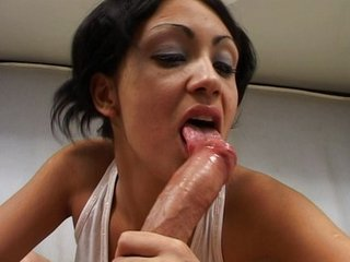 Horny Latina fiinishes you